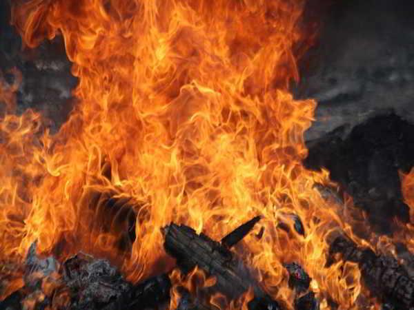 Mơ thấy lửa cháy có phải điềm báo tốt lành?