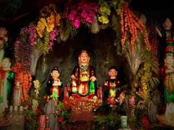 Tục thờ Sơn Trang và bài văn khấn Ban Sơn Trang đầy đủ nhất