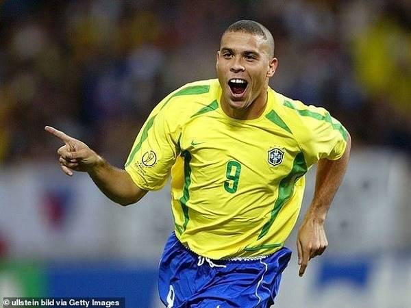 Bóng đá hôm nay 26/2: Ibrahimovic ca ngợi Ronaldo xuất sắc nhất lịch sử