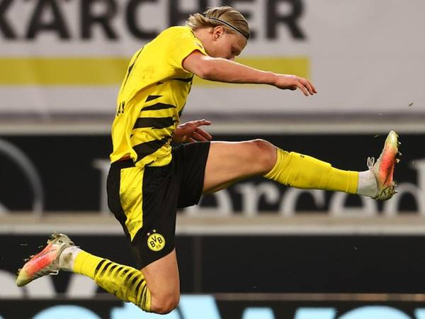 Bóng đá sáng 22/4: Dortmund tuyên bố không bán Haaland