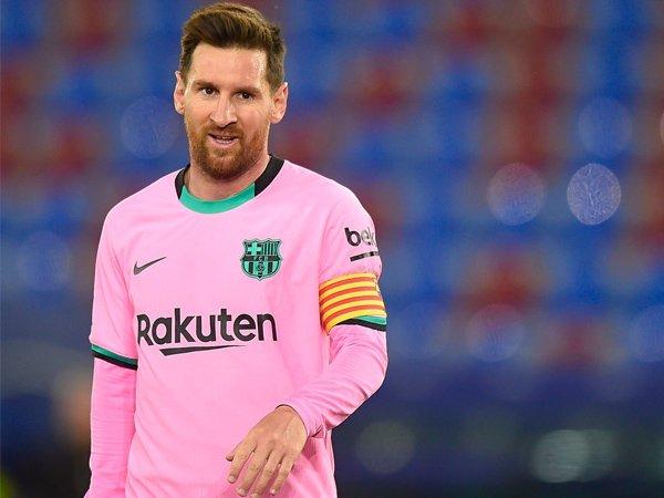 Bóng đá quốc tế sáng 10/8: Messi quay xe cực gắt, tái đàm phán với Barcelona